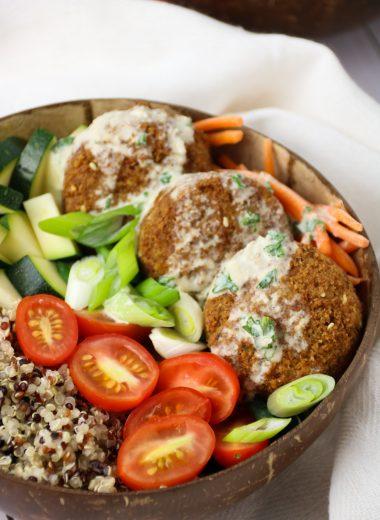 falafel quinoa buddah bowl recipe